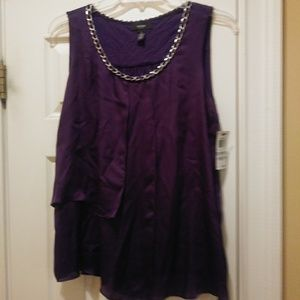 Plus size purple top.
